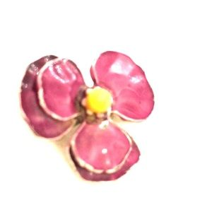 Awesome purple pansy finely enameled pin vintage